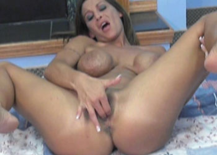 Slutty milfs leeanna and lavender are sharing some dick 3