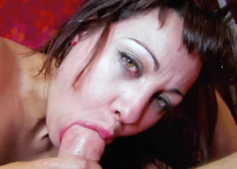 Latina MILF Dalila bounces on a stiff dick